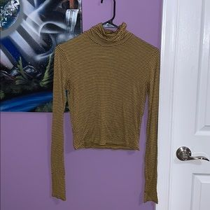 Striped turtle neck long sleeve